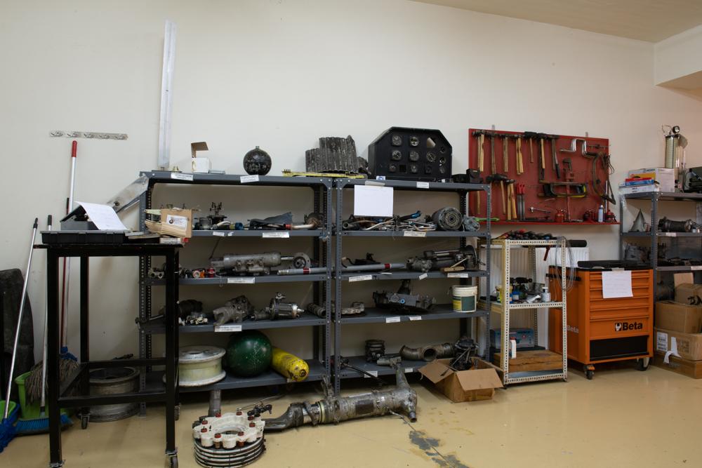 Εργαστήρια - Σχολή μηχανικού αεροσκαφών - ΙΕΚ ΖΗΤΑ - Εγκαταστάσεις - Εκπαιδευτήρια Θεοδορώπουλου